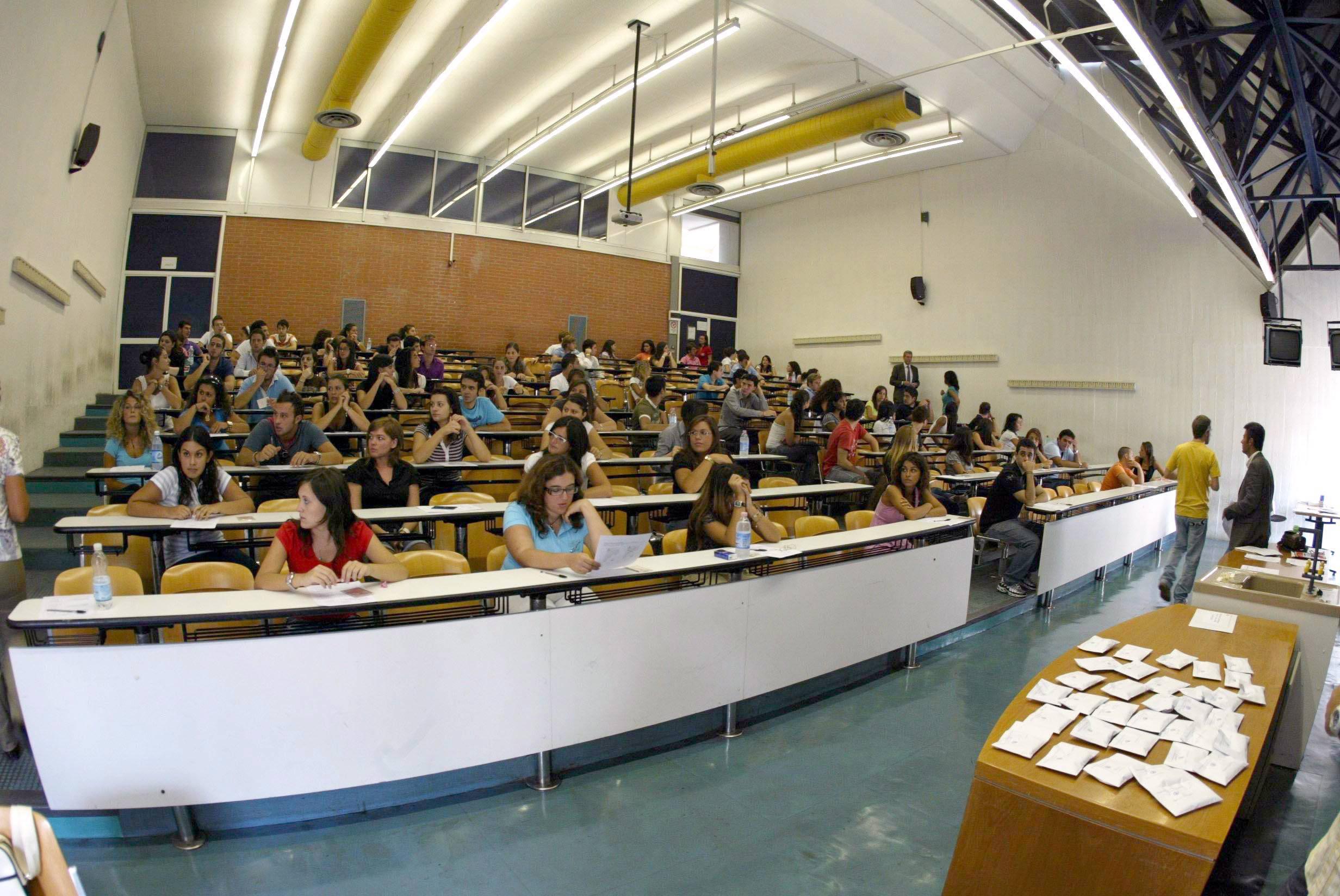 corso di PREPARAZIONE ALLE PROVE DI AMMISSIONE ai Corsi di Laurea dei settori FARMACO-MEDICO-BIOLOGICO